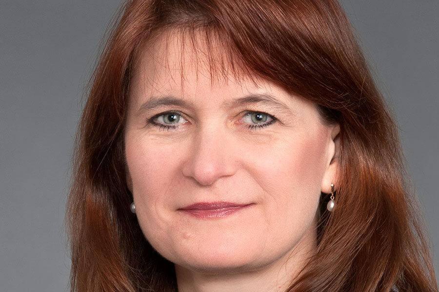 Dr. Cheryl Bushnell